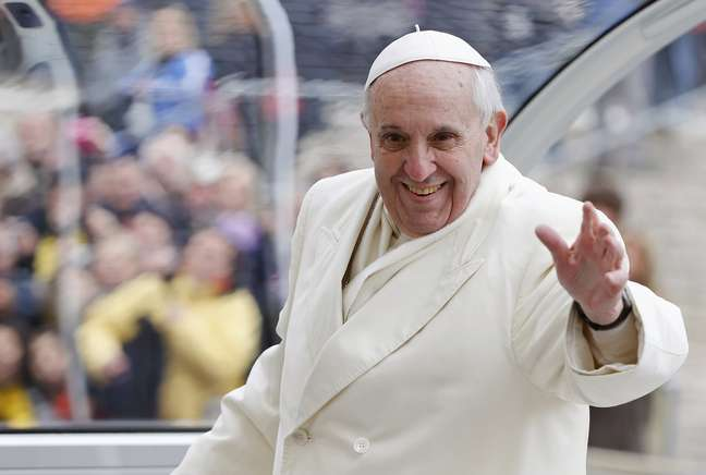 <p>Papa Francisco está fazendo uma verdadeira mudança na antiga estrutura da equipe financeira do Vaticano</p>