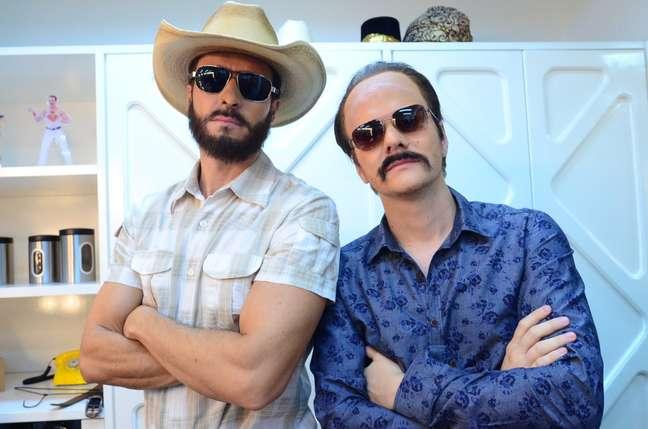 Rodrigo Faro e Michel Teló se disfarçaram no novo quadro do Melhor do Brasil, o Famoso Vira Anônimo, que vai ao ar neste domingo (2). Os artistas se vestiram de dupla sertaneja