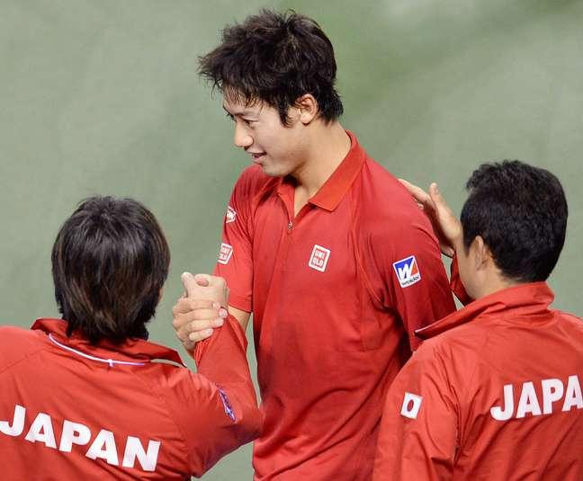 <p>Nishikori abriu o duelo com vit&oacute;ria e deu o primeiro ponto ao Jap&atilde;o</p>