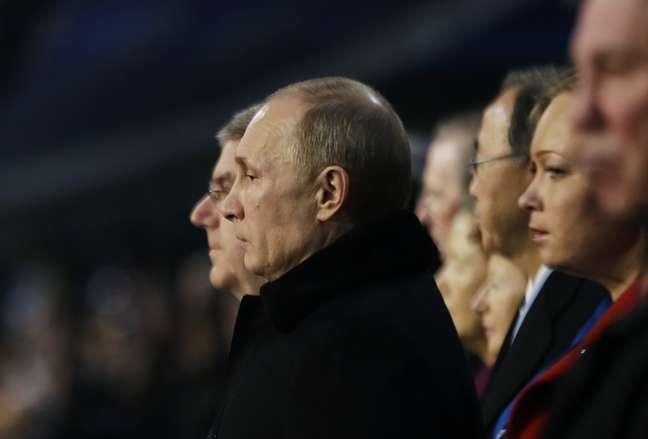 Vladimir Putin acompanha Cerimônia de Abertura dos Jogos de Inverno