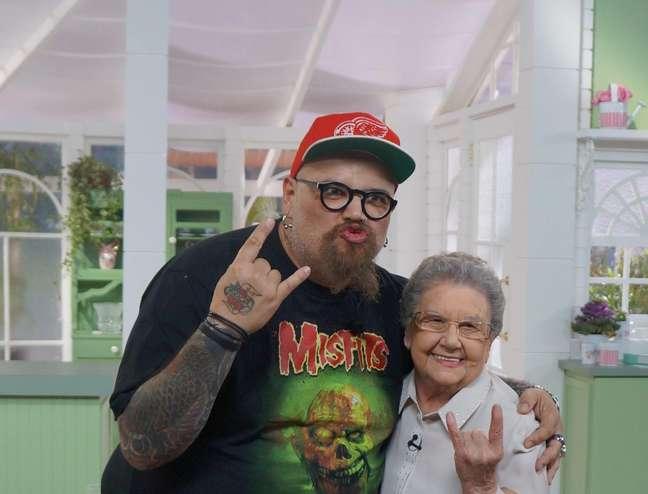 <p>João Gordo e Palmirinha se divertiram durante gravação</p>
