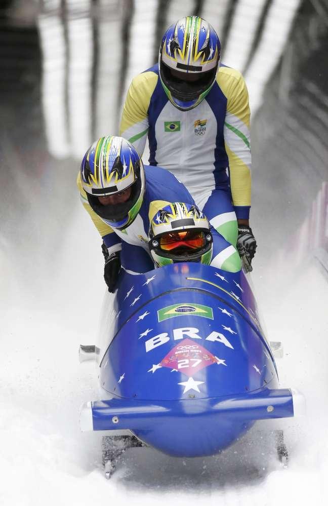 Brasil volta à pista neste domingo