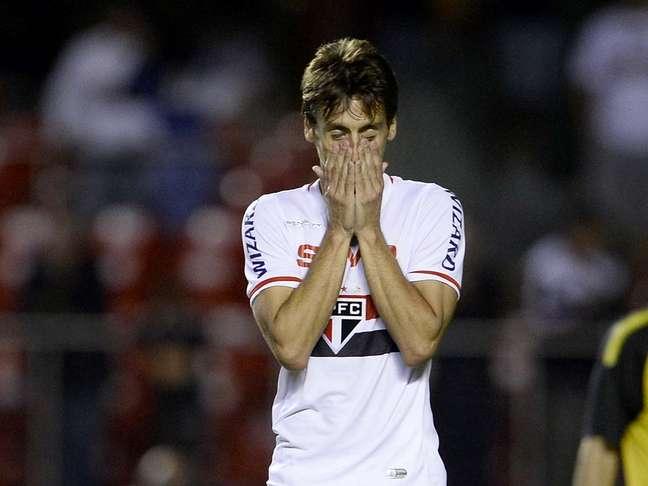 Rodrigo Caio perdeu pênalti que terminou por eliminar São Paulo