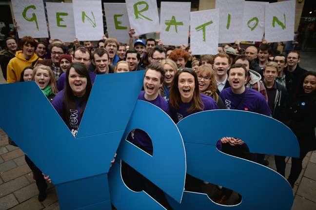 """Movimento pró-independência da Escócia """"Generation Yes"""" (Geração Sim)"""