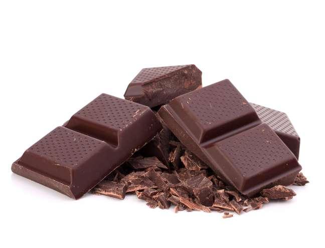 <p>Um quadradinho de chocolate amargo de qualidade por dia é suficiente para diminuir a vontade de comer sobremesa</p><p></p>