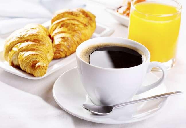<p>Café da manhã deixa pessoas com mais energia</p>