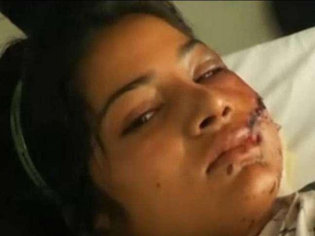 <p>Saba Maqsood foi atacada pelo pai, pelo tio, pelo irmão e pela tia por ter se casado com um homem para quem não estava prometida</p>