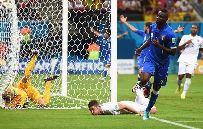 <p>Balotelli marcou o gol da vitória italiana contra a Inglaterra</p>