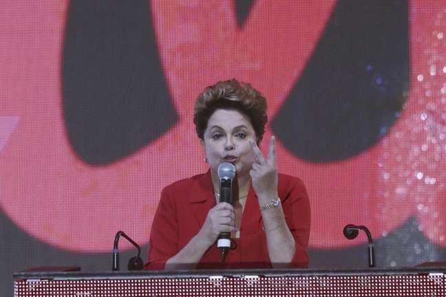 A presidente Dilma Rousseff discursa durante convenção do PT que oficializou sua candidatura à reeleição no último sábado, em Brasília. 21/06/2014