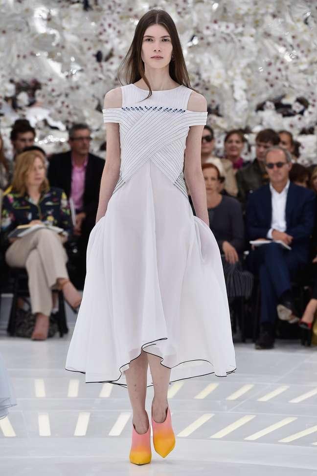 Desfile da grife Dior aconteceu nesta segunda-feira (7), na semana de moda de Paris