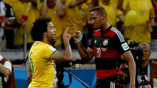 A Copa do Mundo é de futebol, mas não se resume apenas aos 90 minutos (ou mais) em que a bola rola. Torcedores, técnicos e os próprios jogadores protagonizam cenas curiosas e, muitas vezes, engraçadas