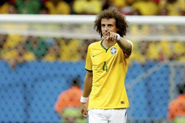 <p>David Luiz falhou nos dois primeiros gols da Holanda e teve problemas de posicionamento</p>