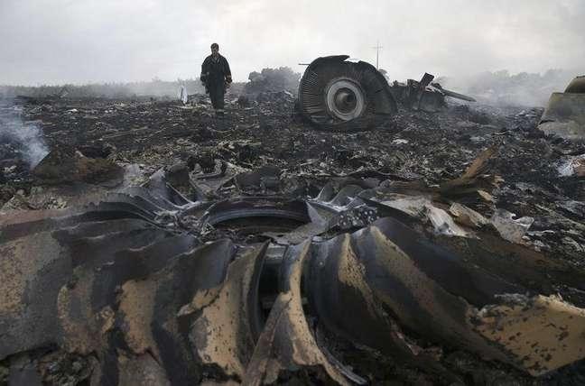 Destroços do avião da Malaysia Airlines que caiu na região de Donetsk, no leste da Ucrânia. 17/06/2014.