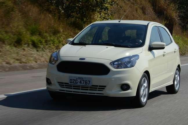 <p>Novo Ford Ka 2015 chega às lojas na metade de setembro, por preços a partir de R$ 35.390</p>