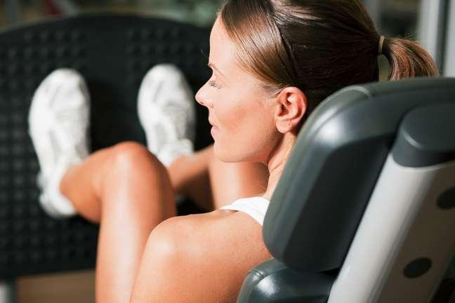 <p>Causadas por fatores como genética, sobrepeso, fumo, bebidas alcoólicas, sedentarismo e utilização de hormônios femininos e medicações, as varizes também podem estar relacionadas à prática excessiva de musculação</p>