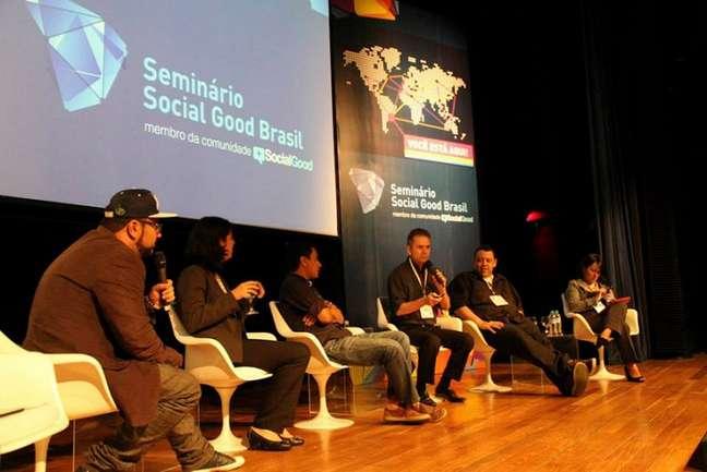 <p>Em 2012, as ONGS Portal Voluntários Online e Instituto Comunitário Grande Florianópolis se uniram para criar o Social Good Brasil, programa que usa tecnologia e novas mídias para mudanças sociais</p>