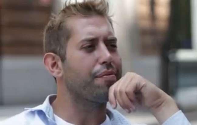 <p>Joe, 26 anos, diz que fica com uma mulher diferente a cada noite</p>