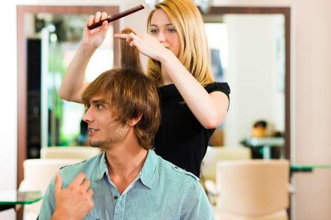 Mercado de produtos e serviços de beleza voltados para o público masculino cresce conforme os homens perdem a vergonha de investir no visual