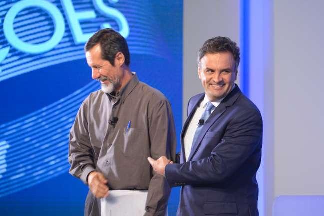 <p>Candidato Eduardo Jorge ao lado de Aécio Neves no debate eleitoral</p>