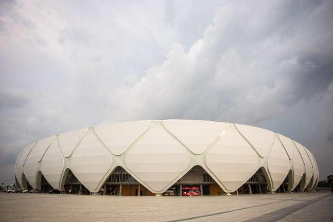 <p>Sem times nas quatro divisões do futebol nacional, Arena da Amazônia tenta atrair equipes cariocas</p>
