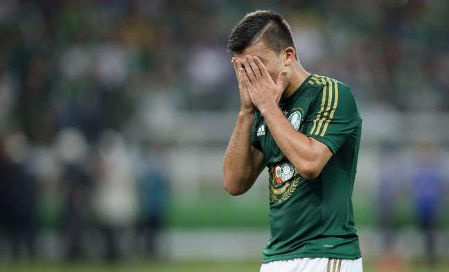 <p>Palmeiras luta contra queda para a segunda divisão</p>