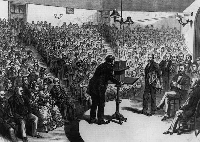 Graham Bell não apenas patenteou a novidade como a divulgou em eventos científicos e populares