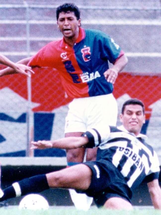 Saulo é o maior artilheiro da história do Paraná, com 104 gols