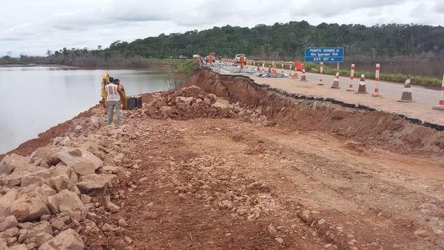 População teme que o rio Madeira isole o Acre