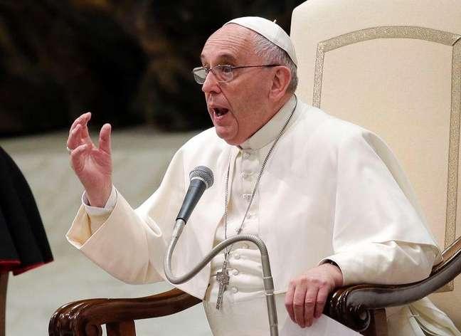 <p>Papa Franciscoacredita que o cuidado com os pobres éque está presente no Evangelho e explica isso em um novo livro</p>
