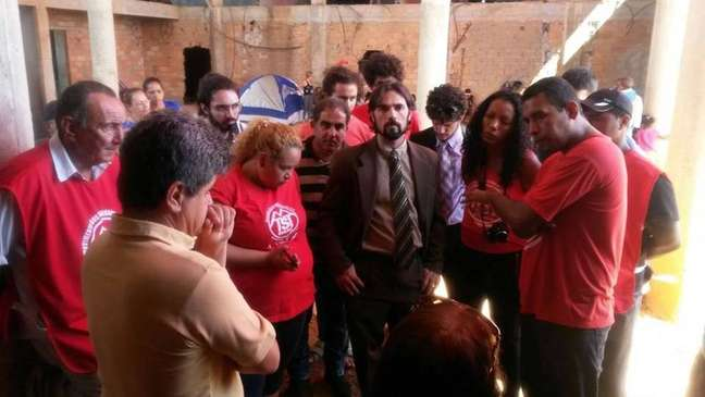 Integrantes do MTST ocuparam um prédio de uma maternidade em obras em Aparecida de Goiânia (GO)
