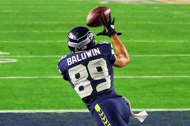 Marcado pelo famoso Darrelle Revis, Doug Baldwin conseguiu se desvencilhar e marcar o terceiro touchdown dos Seahawks