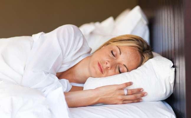 <p>Dormir o suficiente ajuda na prevenção de problemas de saúde</p>