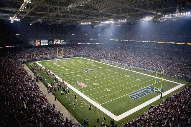 <p>Edward Jones Dome, atual estádio do St.LouisRams, deve ser inutilizado</p>