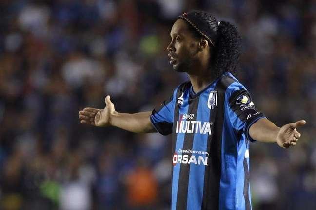 <p>Ronaldinho não tem disputado a maioria dos jogos no Querétaro</p>