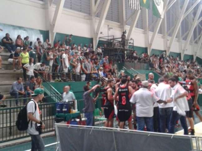Torcedores palmeirenses declararam amor ao time aos quatro cantos do Palestra Itália
