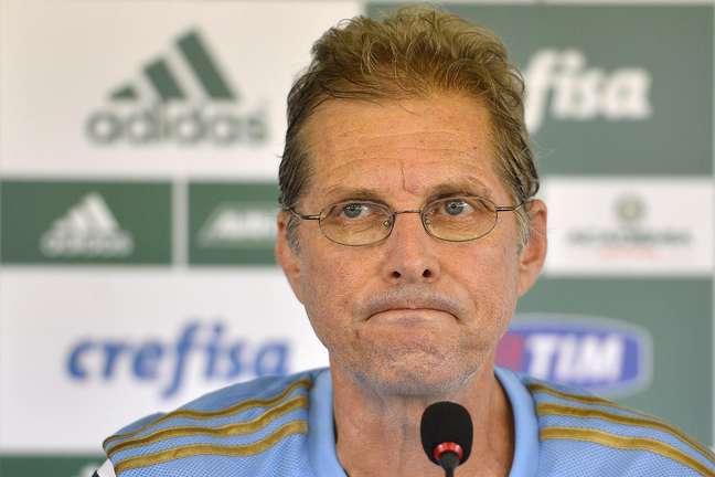 <p>Oswaldo é treinador do Palmeiras</p>