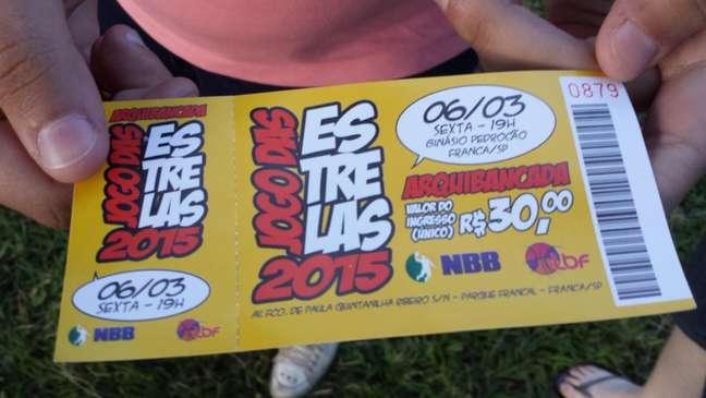 Valor estampado no ingresso é de R$ 30, mas na bilheteria era vendido por R$ 15