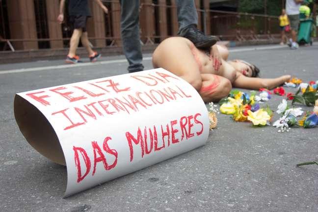 Protesto a favor do aborto realizado na Avenida Paulista, em São Paulo, no último Dia Internacional da Mulher