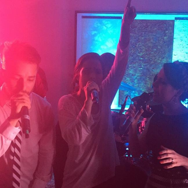 Wanessa, Sandy e Junior cantaram juntos nesta quarta-feira (11)