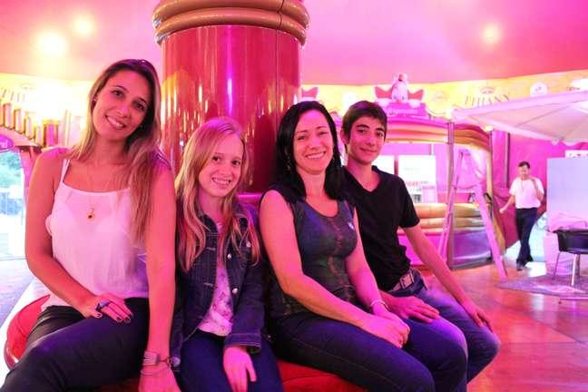 Cecília, Ashley, Sandra e André