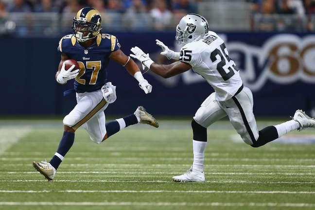 Raiders e Rams podem se mudar para Los Angeles