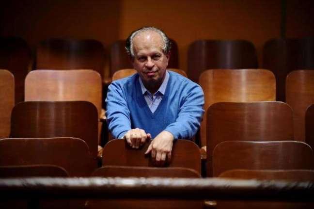 Ele é titular da cadeira de Ética e Filosofia Política da Faculdade de Filosofia, Letras e Ciências Humanas da USP (FFLCH-USP)