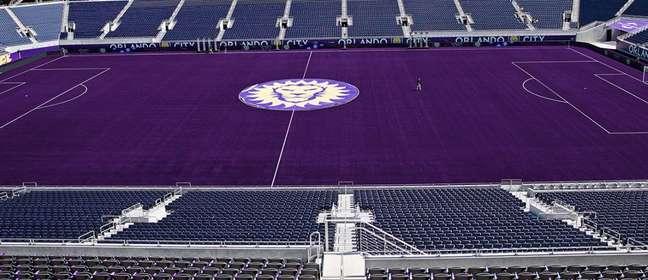 Site do Orlando City apresentou Circus Bowl com gramado roxo