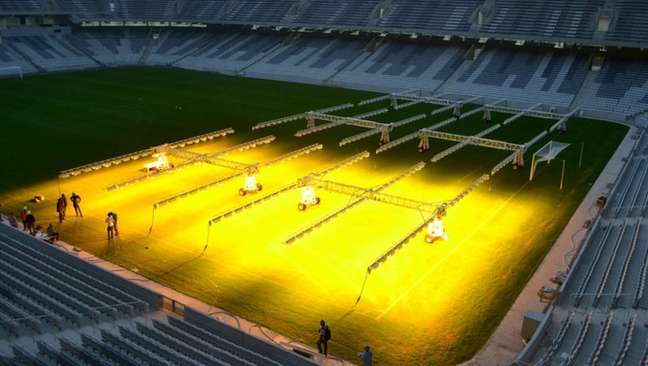 Arena da Baixada recebe iluminação artificial, que custa R$ 80 mil mensais