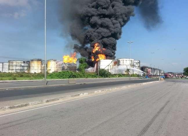 <p>O governo de São Paulo instalou na prefeitura de Santos um gabinete de crise para acompanhar e tomar providências em relação ao incêndio</p>