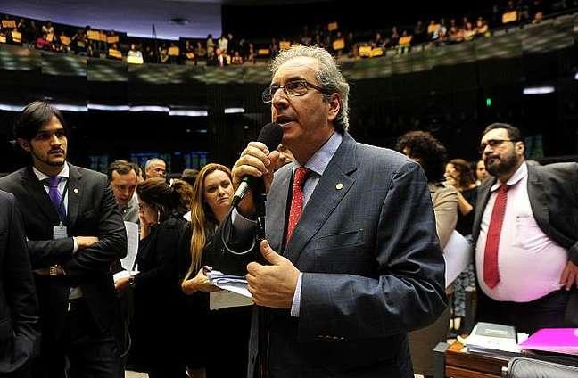 <p>Eduardo Cunha quer pressa na vota&ccedil;&atilde;o do projeto da terceiriza&ccedil;&atilde;o</p>