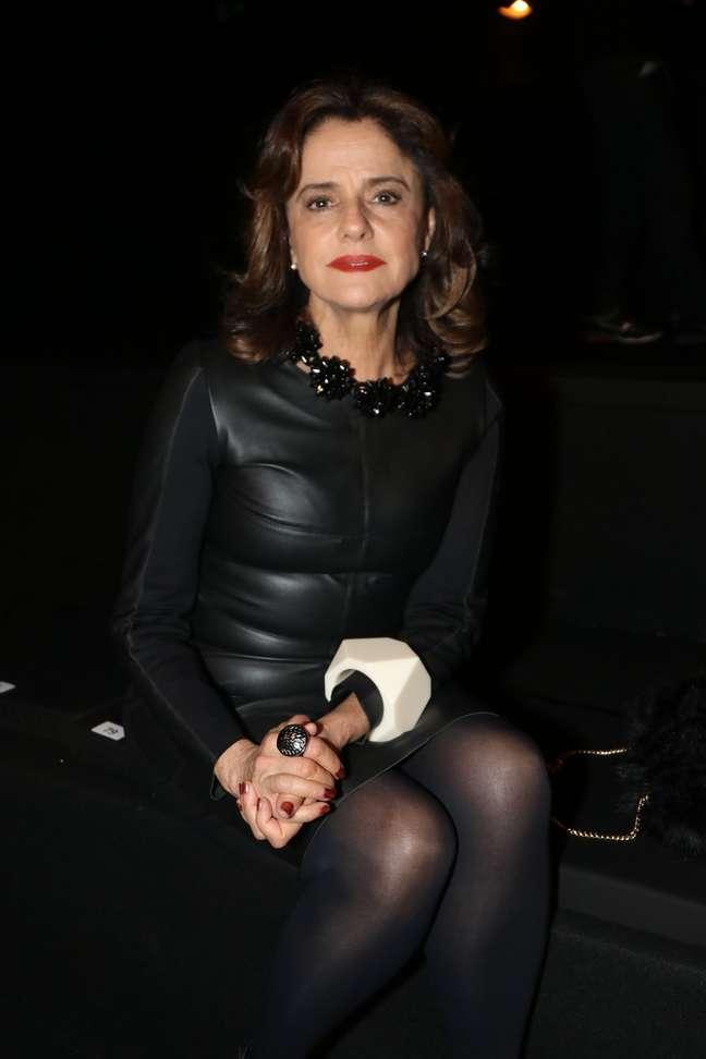 Marieta apostou em um look todo preto