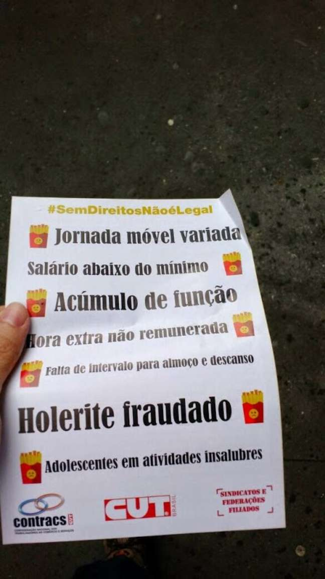 Folheto distribuído pelos manifestantes na avenida Paulista