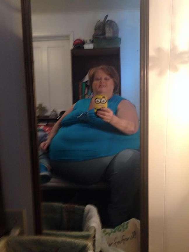 Aos 52 anos, Gayla pesa 190kg