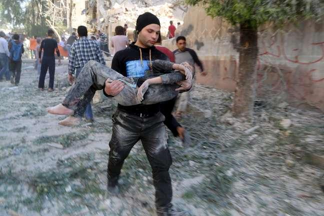 Mais de 220 mil pessoas morreram na Síria desde o início do conflito, em 2011